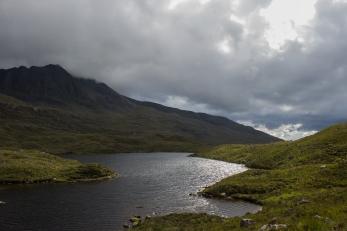 Lochan, Coire Mhic Nòbuil